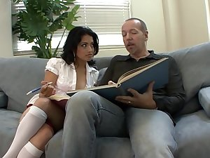 Big dick loving young exotic slut Andrea Kelly is fond of sucking cock and getting her pussy stretched